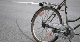 das bmw mini folding bike black im faltrad test echter test. Black Bedroom Furniture Sets. Home Design Ideas